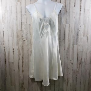 Erika Taylor Intimates Womens Nightgown Ivory
